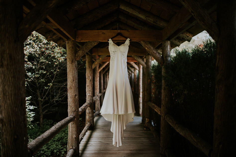 new_hampshire_wedding_trevor_holden_photography_mill_falls_at_the_lake-2